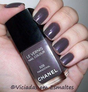 Esmalte Chanel e Unhas