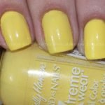 Sally hansen Mellow Yellow