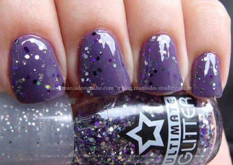 Unhas com glitter hexagonal