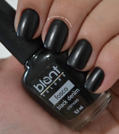 Unha com Esmalte Black Denim Blant Colors