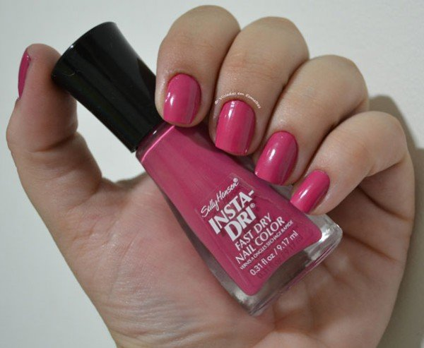 Esmalte Rose Run Sally Hansen Insta-Dri