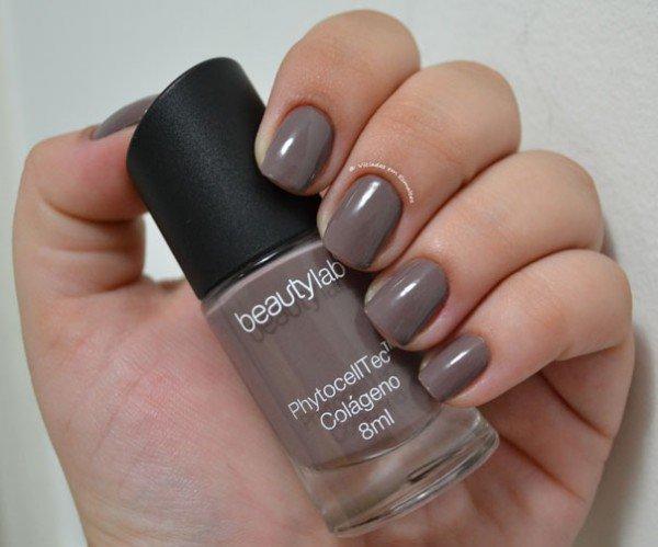 Unhas com Esmalte Beautylab Castor