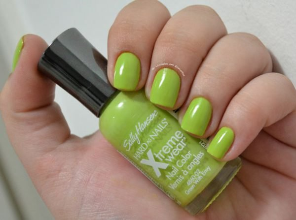 Esmalte Sally Hansen Green With Envy