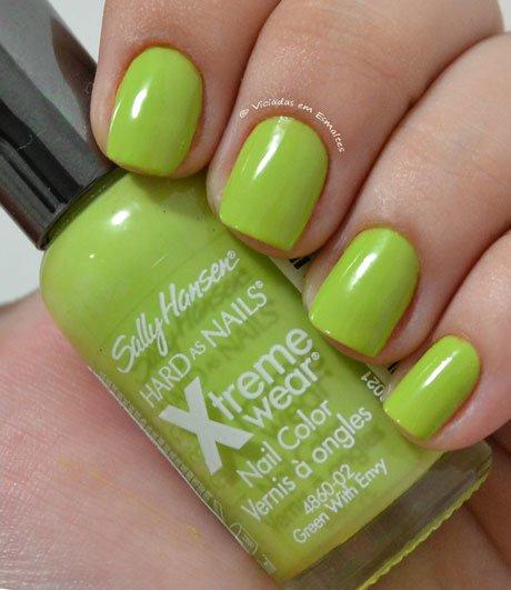 Esmalte Sally Hansen green With Envy Hard as Nails