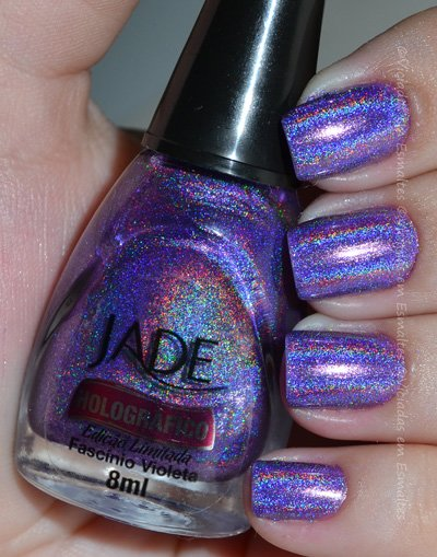 Unha com Esmalte Holográfico Fascínio Violeta Jade