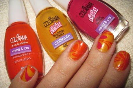 Marble Nails com esmaltes Colorama Garota de Verão Mostarda Atômica e Rosa Incrível