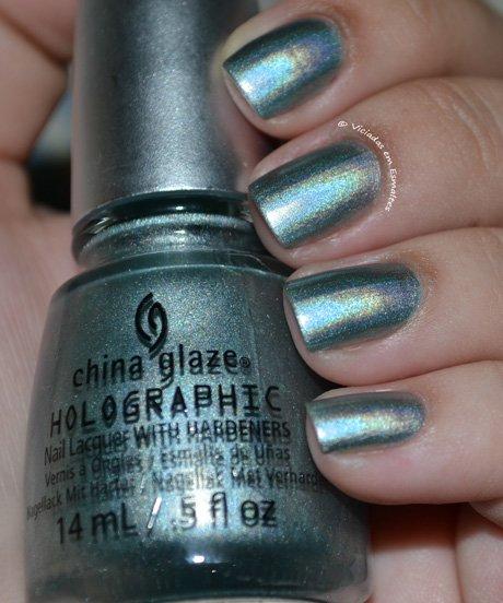 Unhas com Esmalte Holográfico China Glaze
