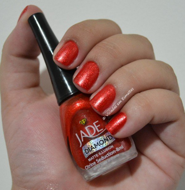 Unhas com Esmalte Citrine Seduction Jade Matte Illusion