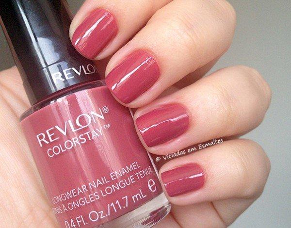 Unhas com Esmalte Revlon ColorStay Rose Vintage