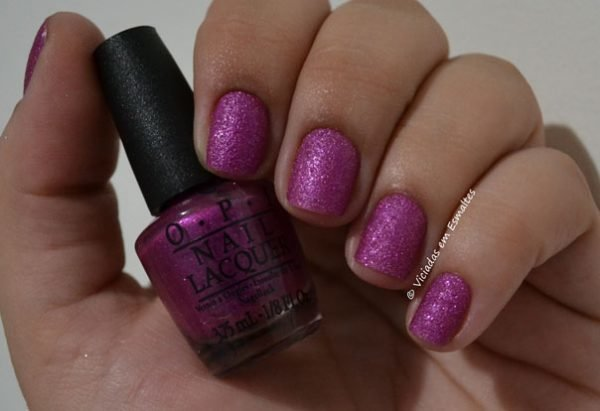 Unhas com Esmalte OPI Samba-Dy Loves Purple