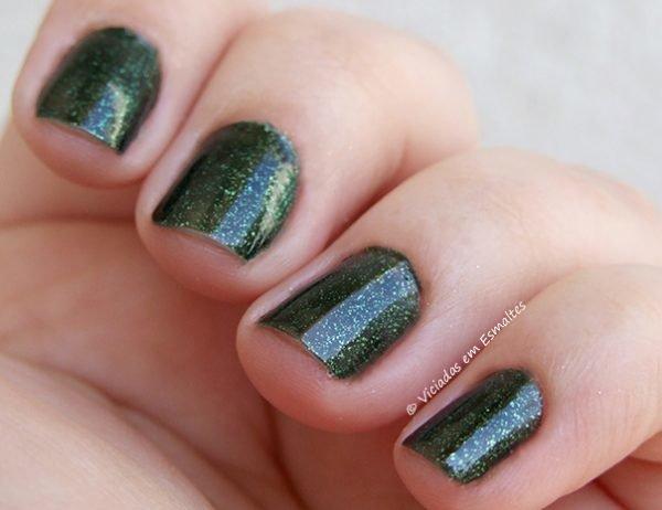 Esmalte-Revlon-ColorStay-220-Rain-Forest3