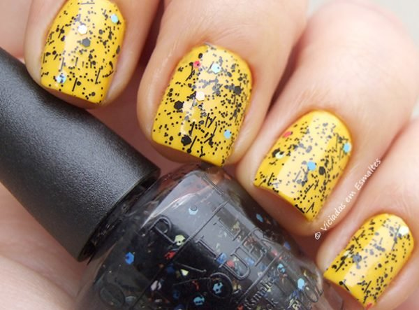 Esmalte-Mini-OPI-Peanuts-To-Be-or-Not-To-Beagle4