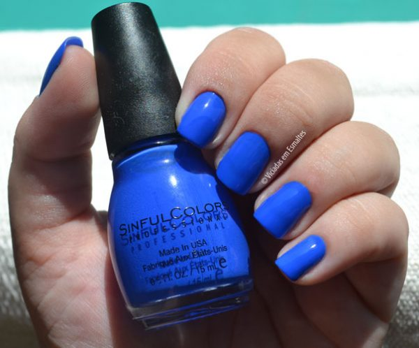 Testando o Esmalte Sinful Colors Endless Blue