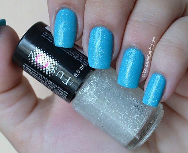 testando Esmalte Azul com Glitter 3D